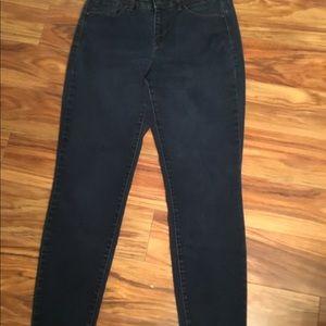 Style & Co. Jeans, size 6, skinny leg
